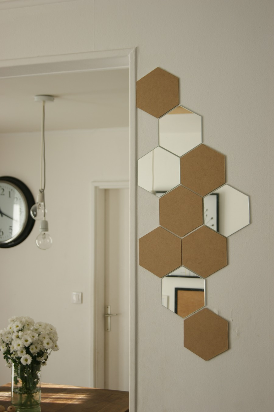 Diy hexagone dans ma deco lyg for Decoration murale hexagonale