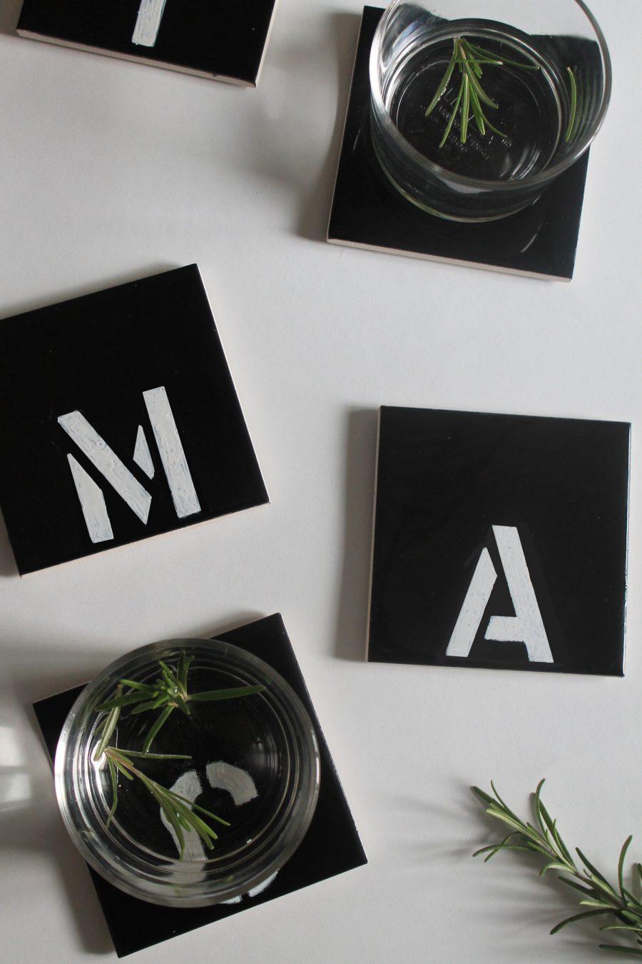 diy sous verres alphabet lyg. Black Bedroom Furniture Sets. Home Design Ideas