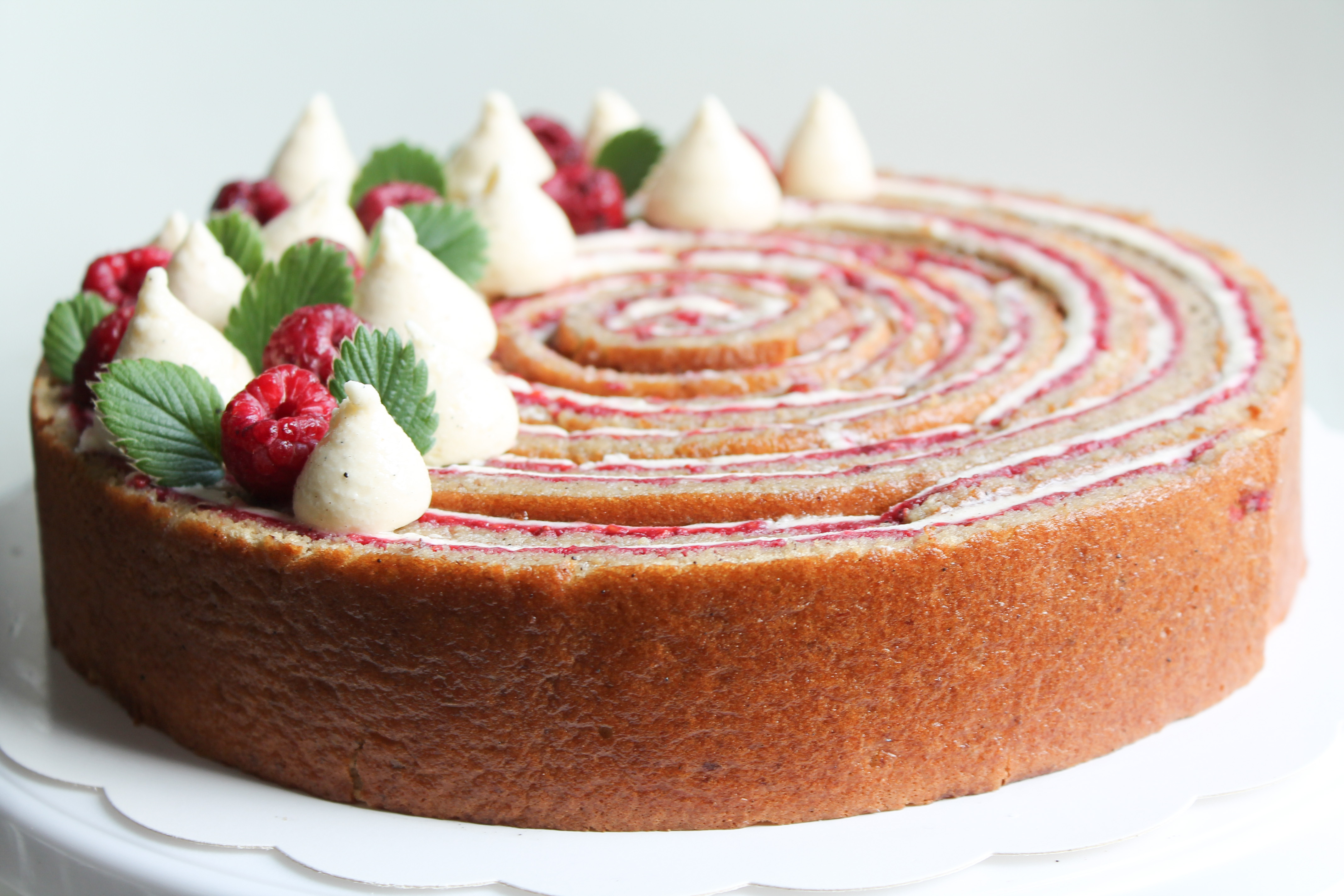 ROLL CAKE VANILLE FRAMBOISE